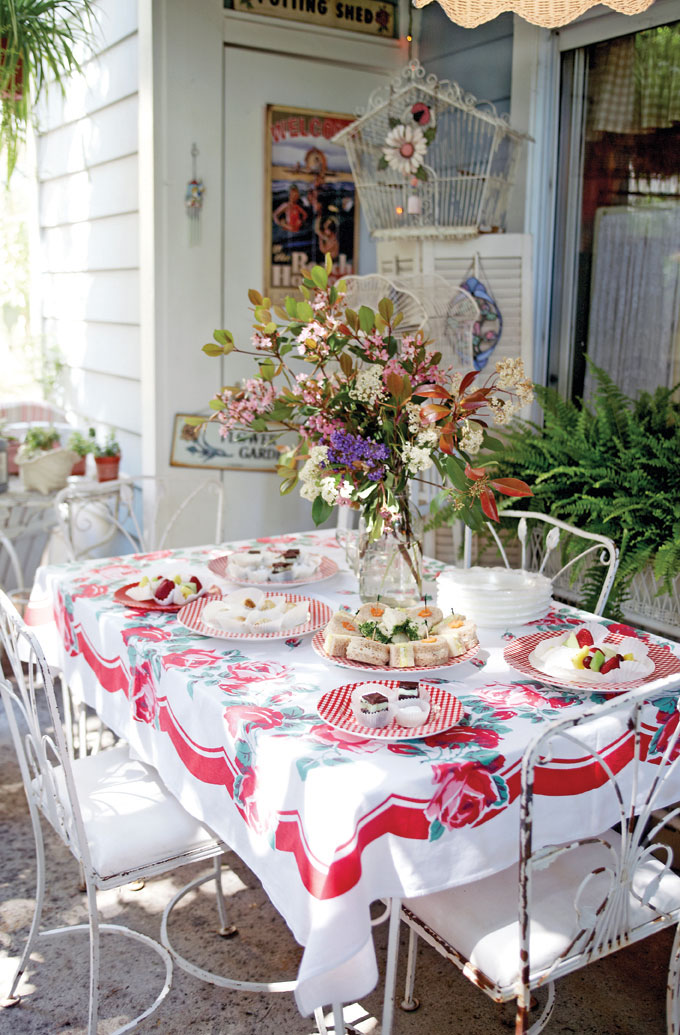 Decorating Outdoor Spaces tips for decorating outdoor home spaces: garden decor