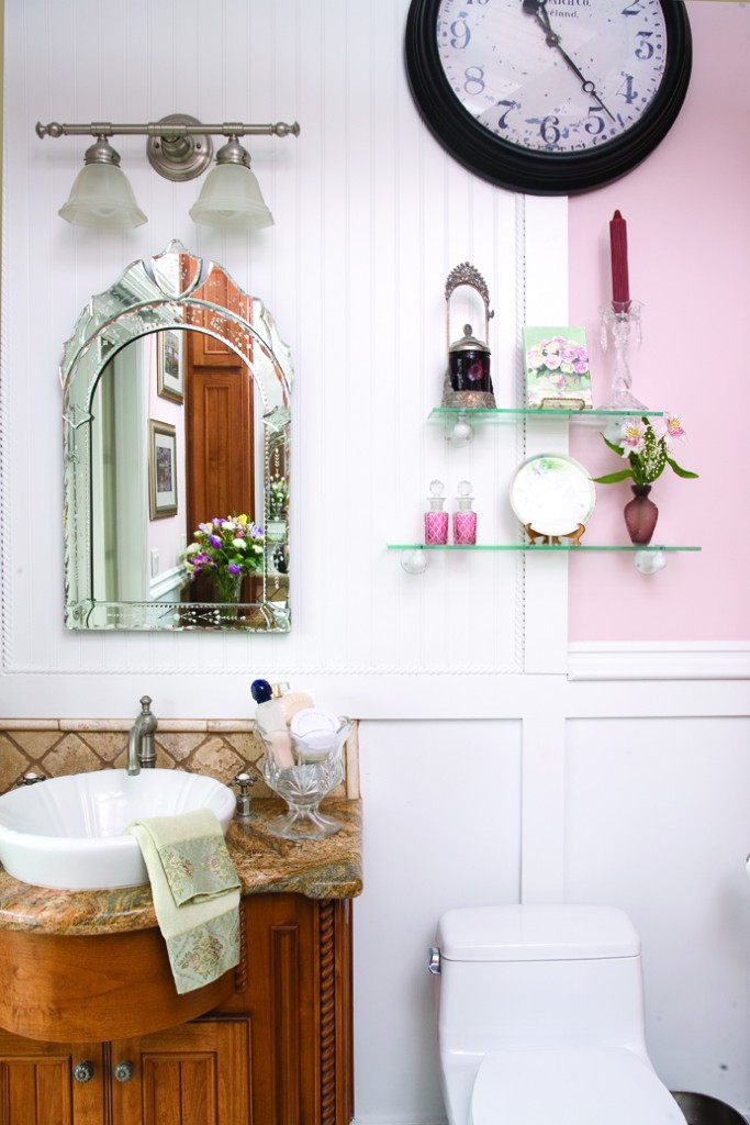 Romantic English Cottage Bathroom
