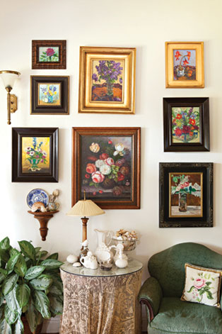 painting-art-collection-on-wall
