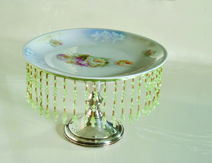 DIY Cake Stands & Romantic Decor DIY Cake Stands with Vintage Plates