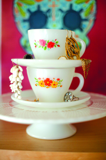 teacup jewelry tower