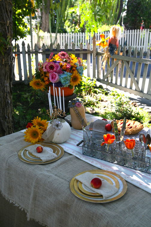 Colorful Outdoor Tablescape for Fall