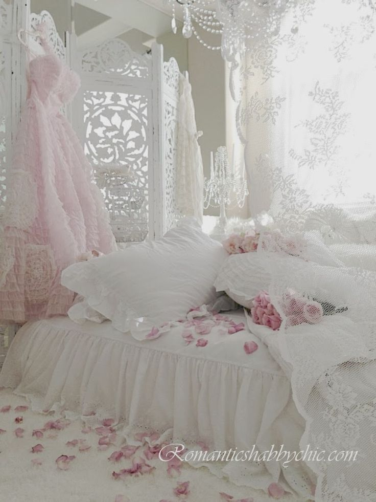 Fairytale Bedrooms - Romantic Homes