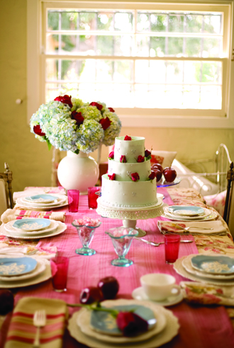 Brunch Table Setting & Romantic Table Setting for Home Party