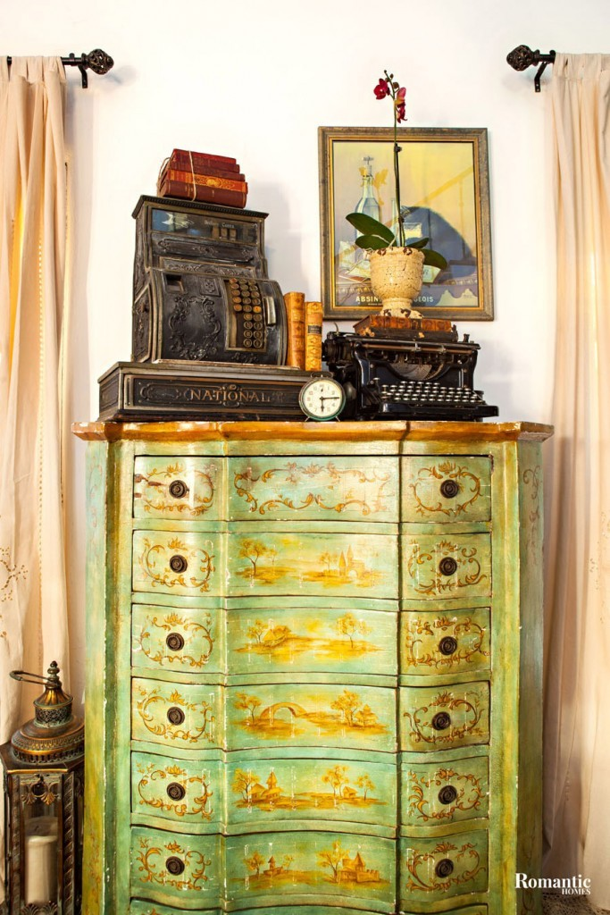 The home is decorated with antique and vintage pieces Jennifer has collected from a variety of sources, including flea markets, antiques stores, eBay and Craigslist. An avid collector, she knows the pieces that will work best for her home.