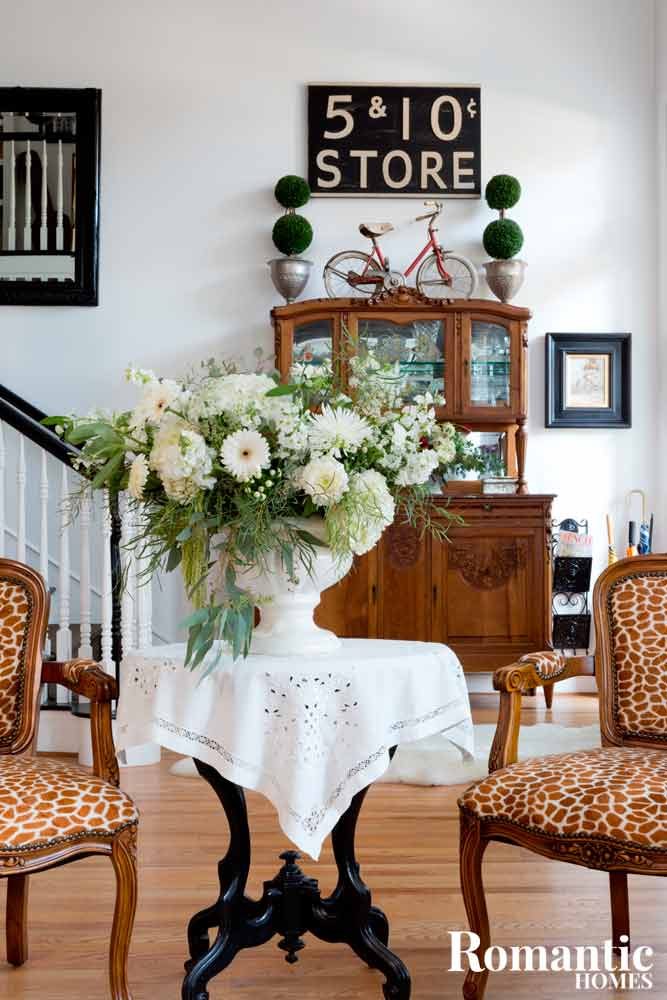 Craft a winter white flower arrangement romantic homes make a statement in your foyer with an impressive arrangement of winter flowers mightylinksfo