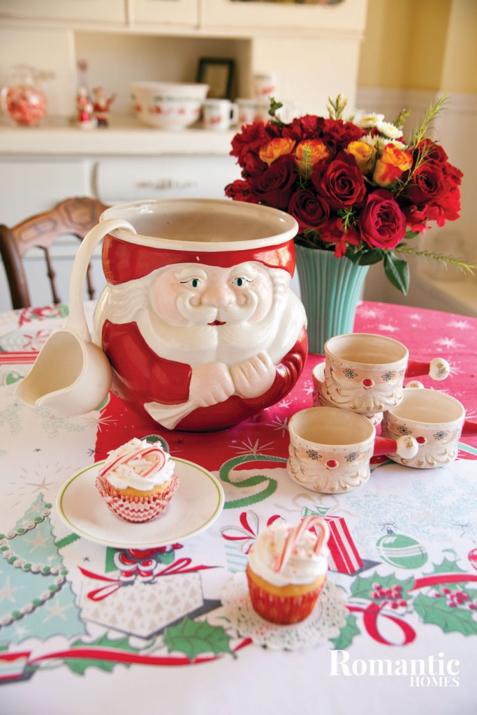 Vintage Santa punch bowl and mugs