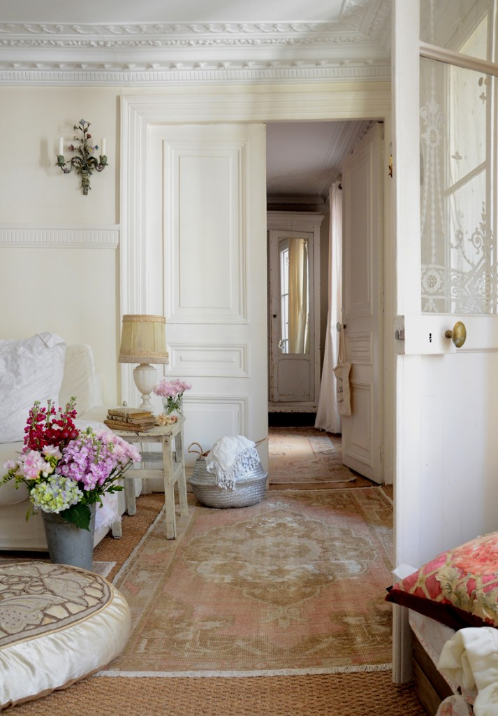 Authentic Turkish Rugs Cover The Living Room Floor With Soft Hues To Let  The Decor Take