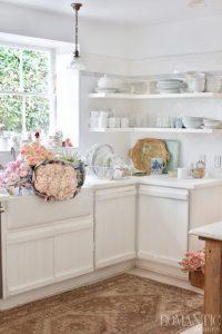 Rachel Ashwell's Shabby Chic Kitchen