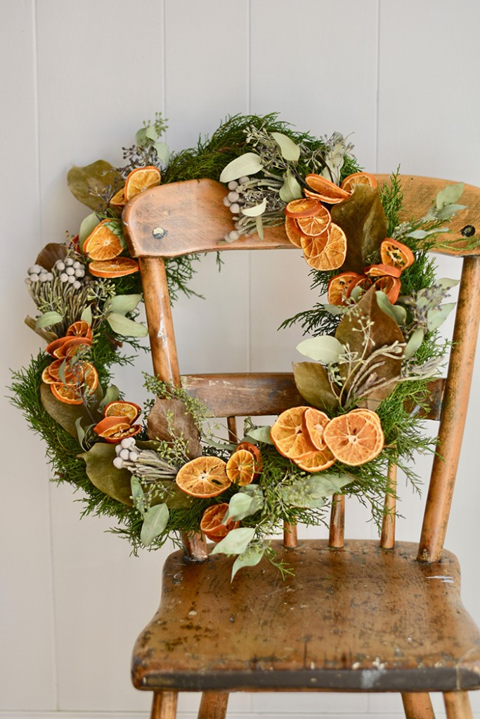 Diy Christmas Wreath With Dried Oranges And Florals Romantic Homes