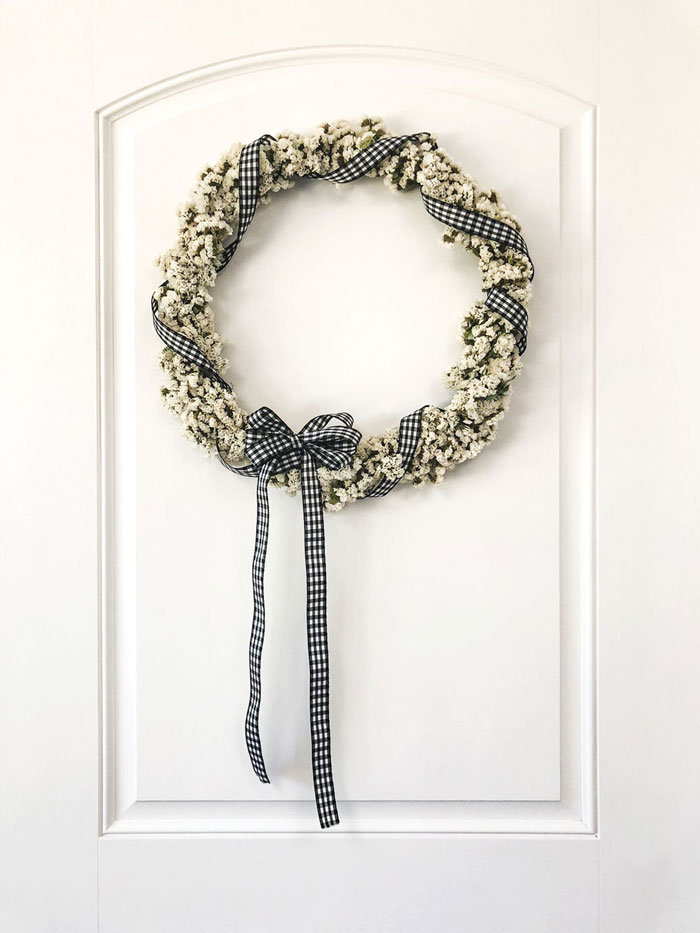 Let the statice completely dry on the DIY wreath form to avoid brittle stems.