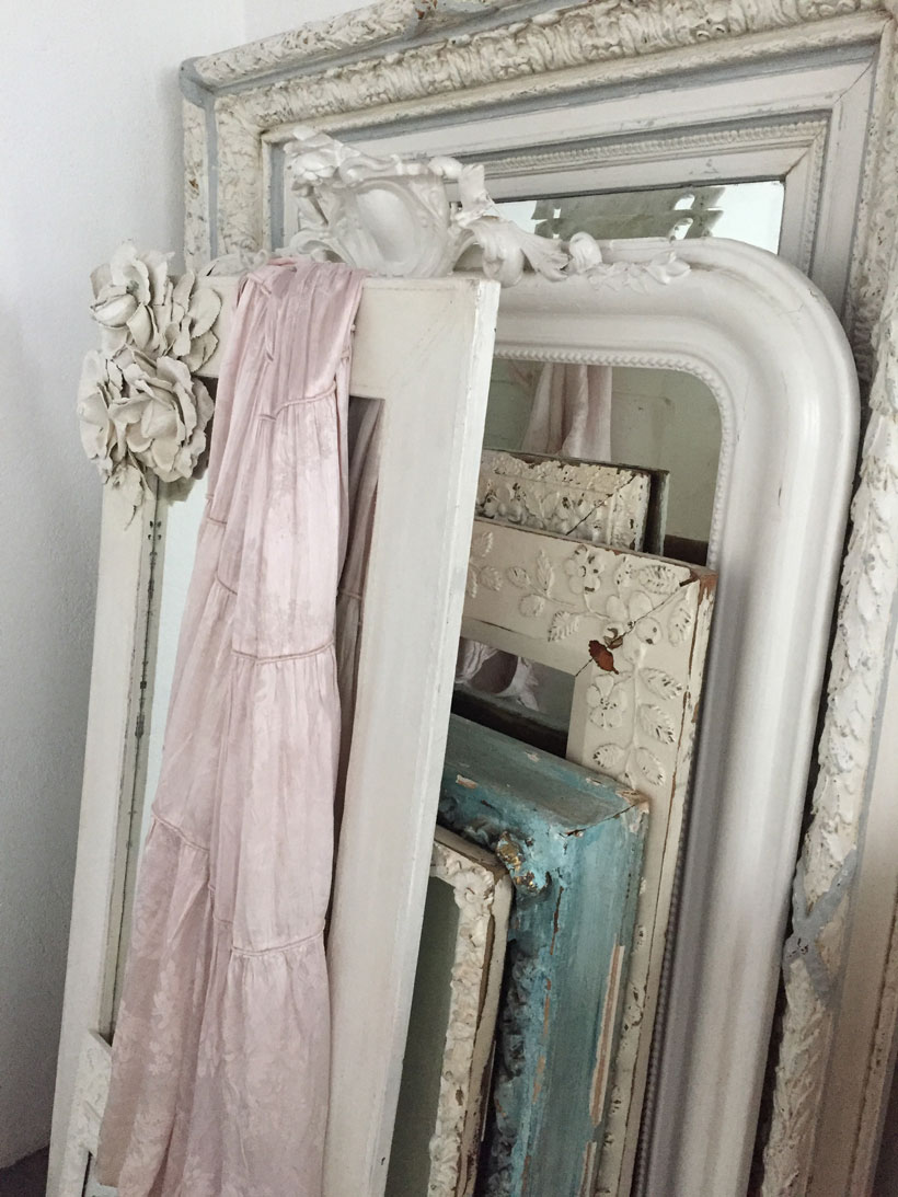 Shabby Chic mirrors with ornate carved frames